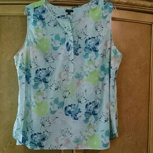 Talbot's floral print sleeveless top